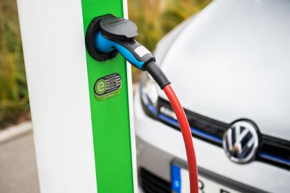 volkswagen-group-opts-for-charging-network-intercharge-chubject